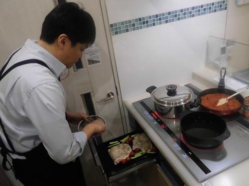 キッチン体験-2.jpg