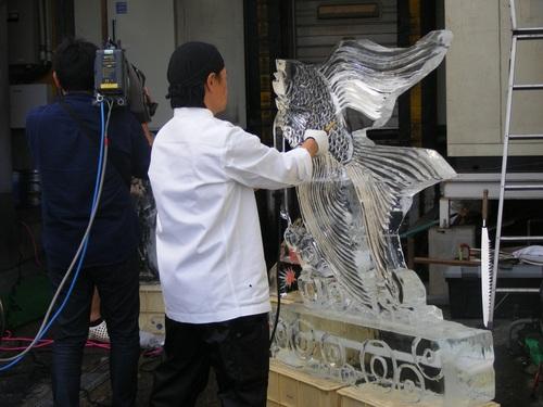 氷彫・エンゼルフィッシュ製作.jpg