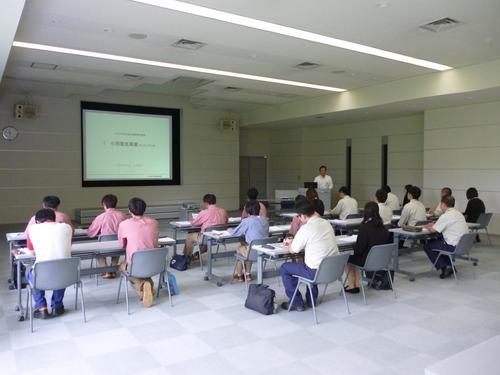 入社2年目2017写真③.JPG